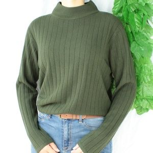 Sweaters - Cozy Mock Neck Hunter Green Ribbed Sweater Warm M
